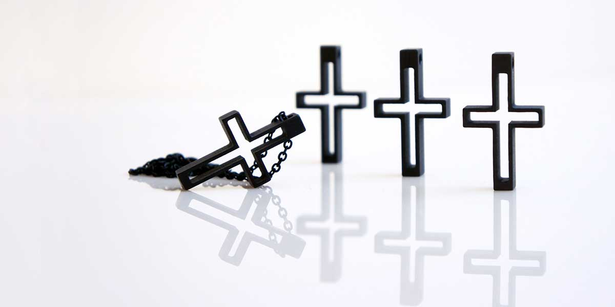 pendant Cross K3 black fashion style